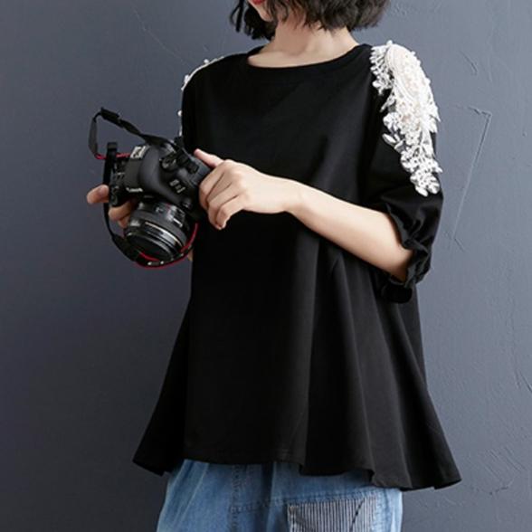 無地半袖シンプル透かし彫りレース夏ラウンドネックプルオーバーTシャツ