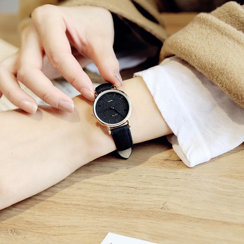 ガラスグリーン系ブラック系ピンク系レザークォーツ時計 ラウンド防水深度30mファッションカジュアル腕時計
