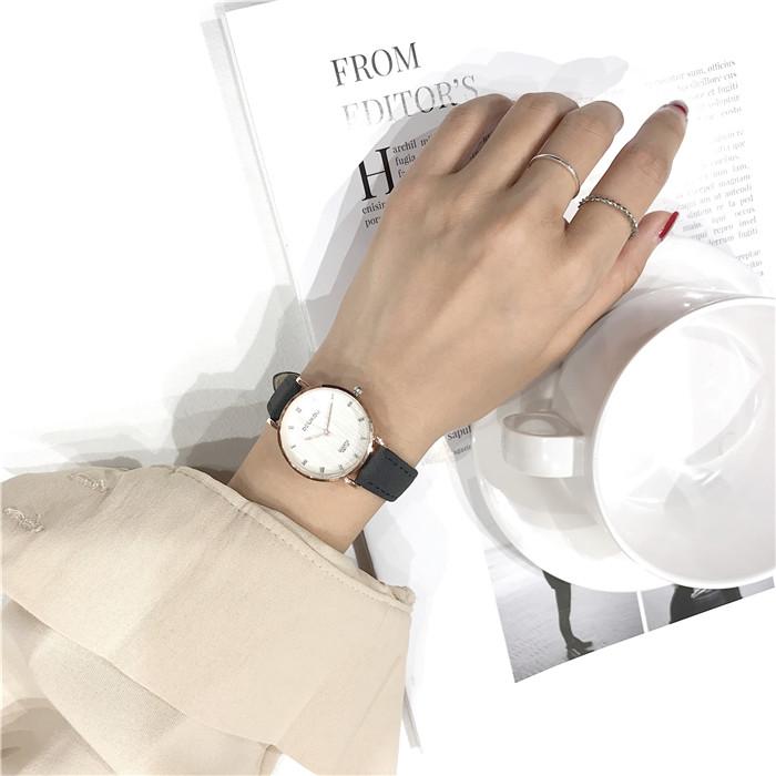 合金レザークォーツ時計その他配色縁取りラウンド防水深度30mシンプル腕時計